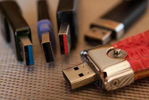 La clé USB personnalisée, outil indispensable pour votre entreprise