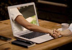 Externalisation saisie de données : quels avantages pour une entreprise ?